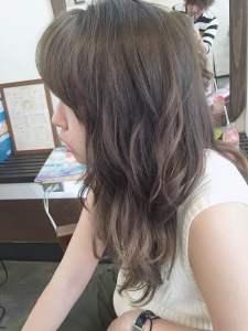 夏の『こなれ髪』グレージュ&ダークグレー☆