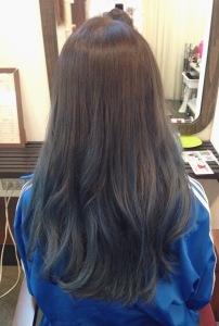 ブルーは熱い色!